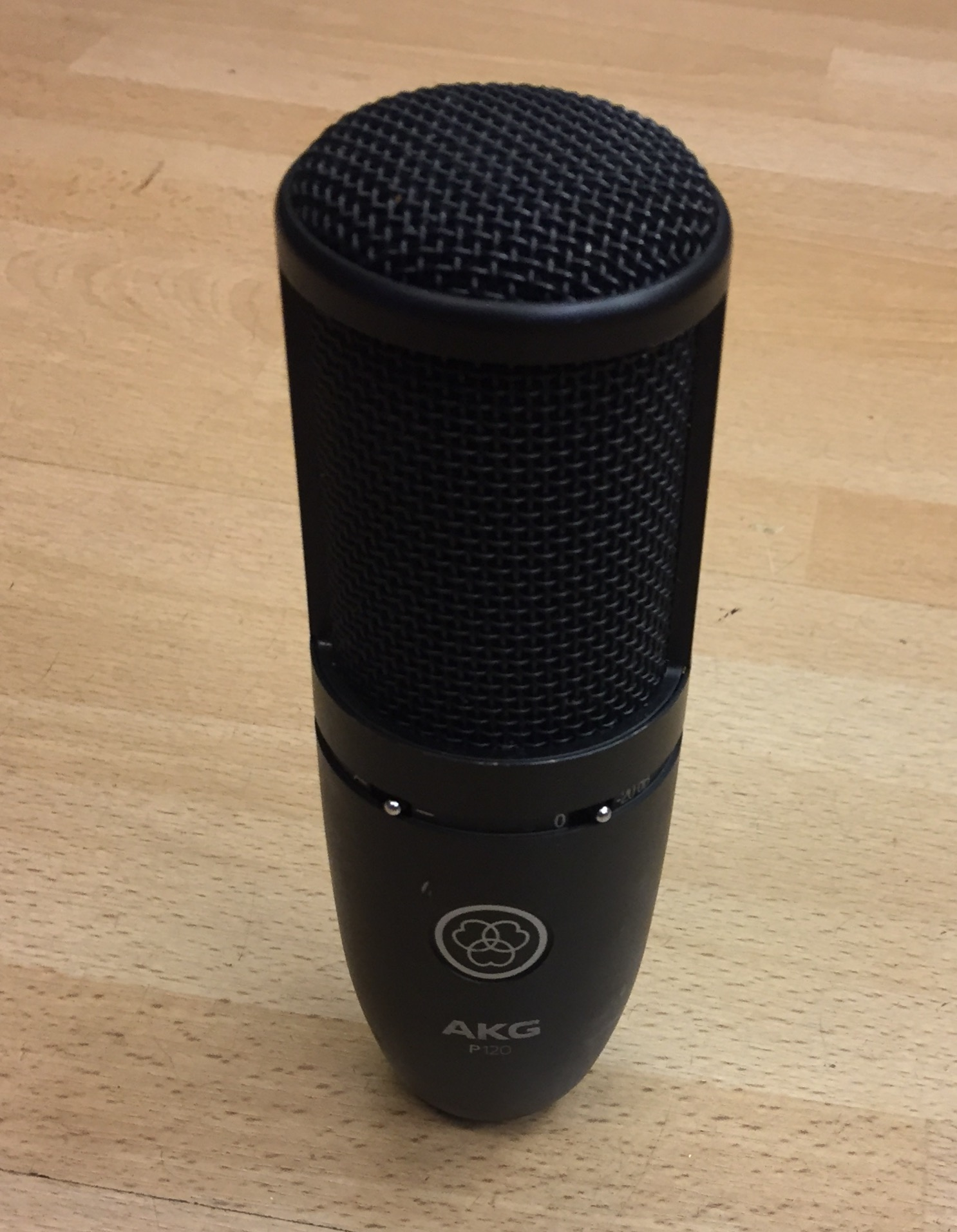 Picture of AKG Perception 120