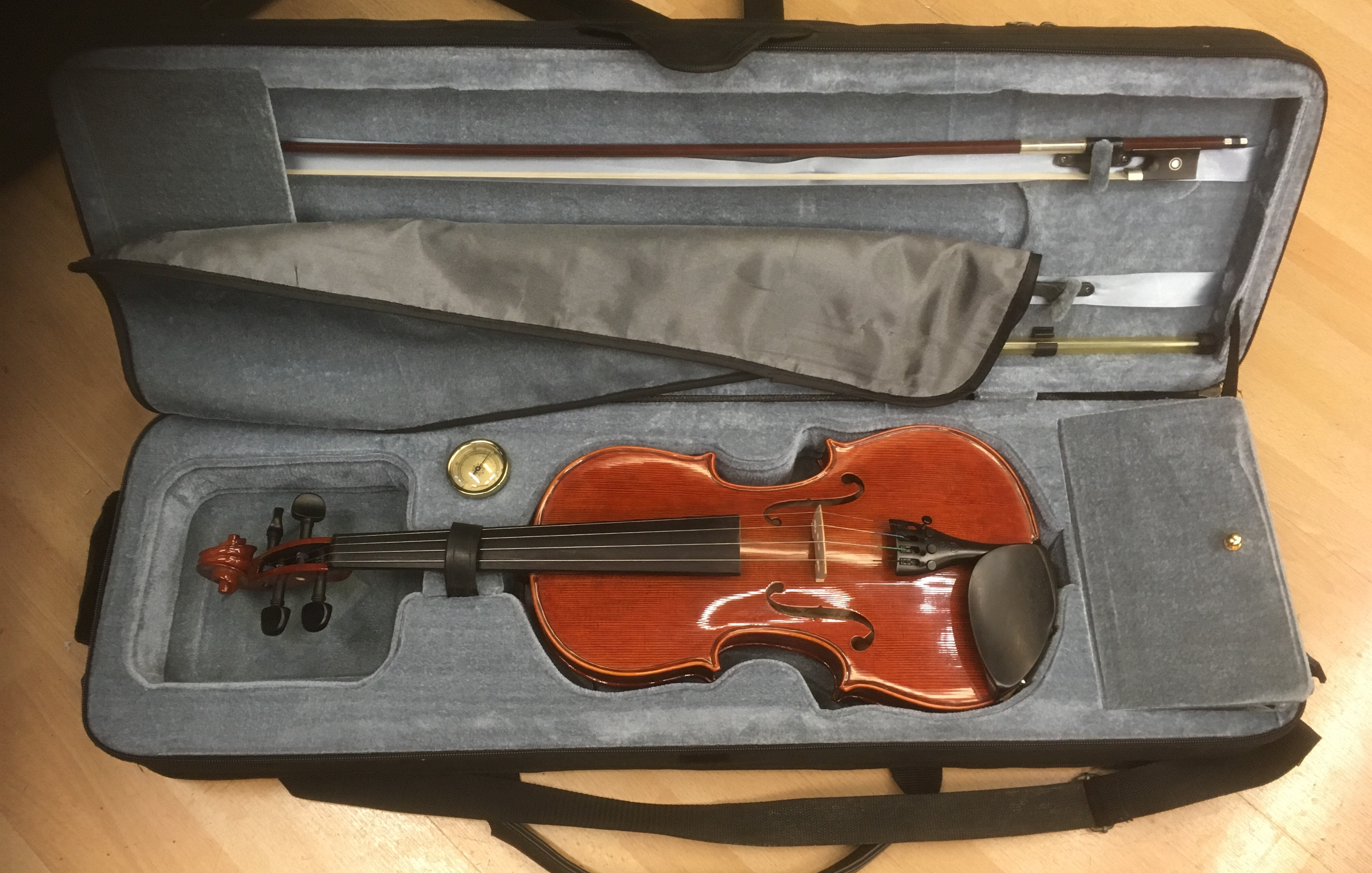 Picture of Stentor Conservatoire 4/4 Violin Outfi