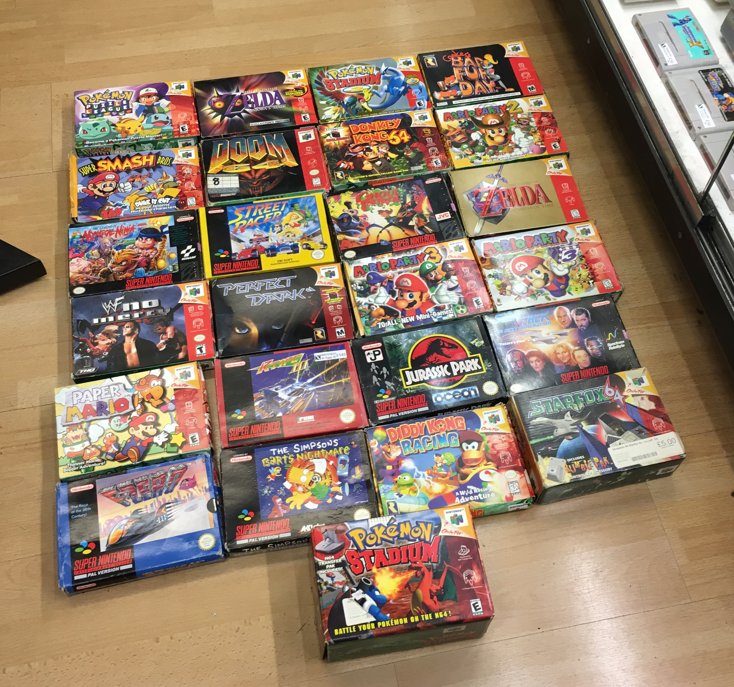 Picture of Nintendo N64 & SNES Games