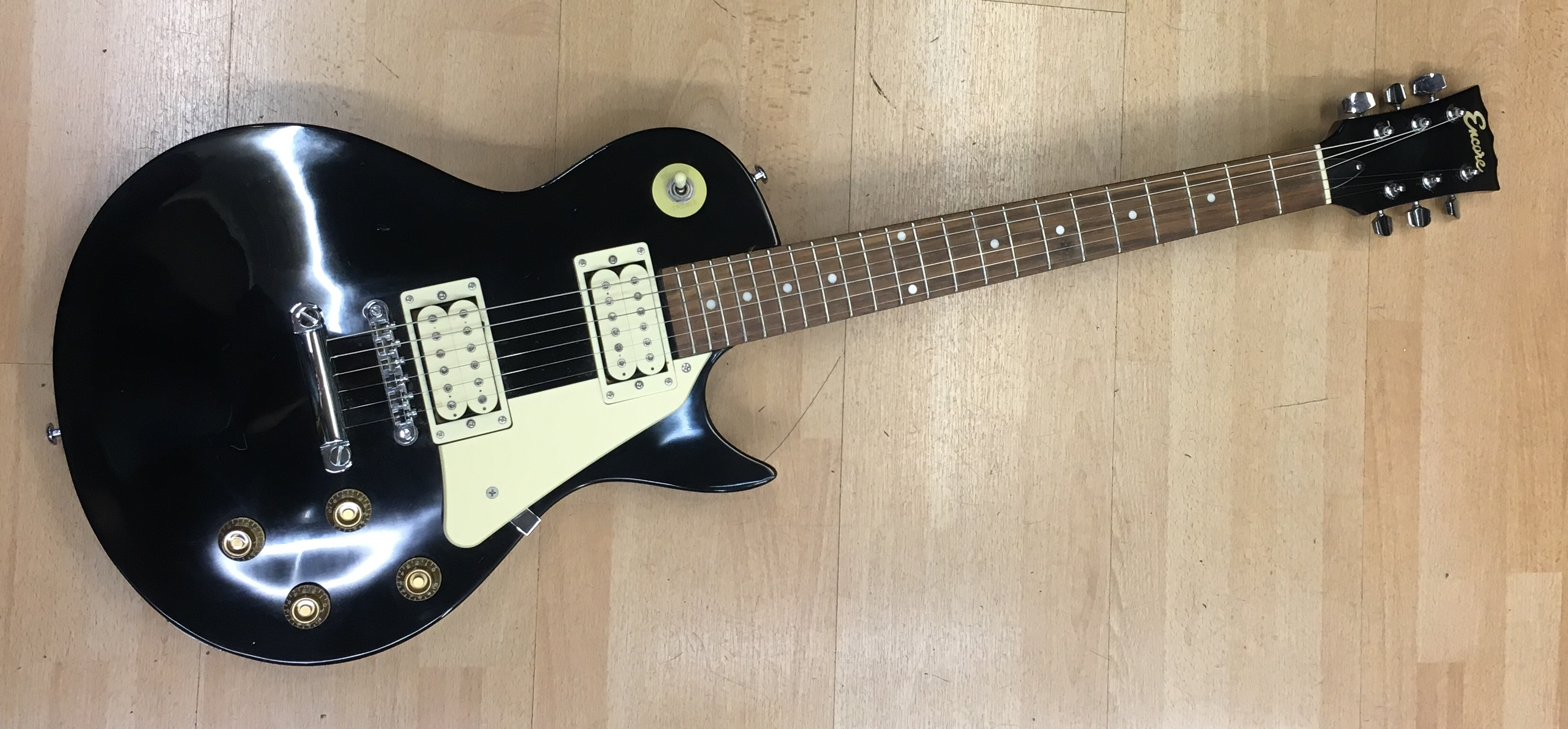 Buy Sell And Exchange Electric Guitars At X Electrical