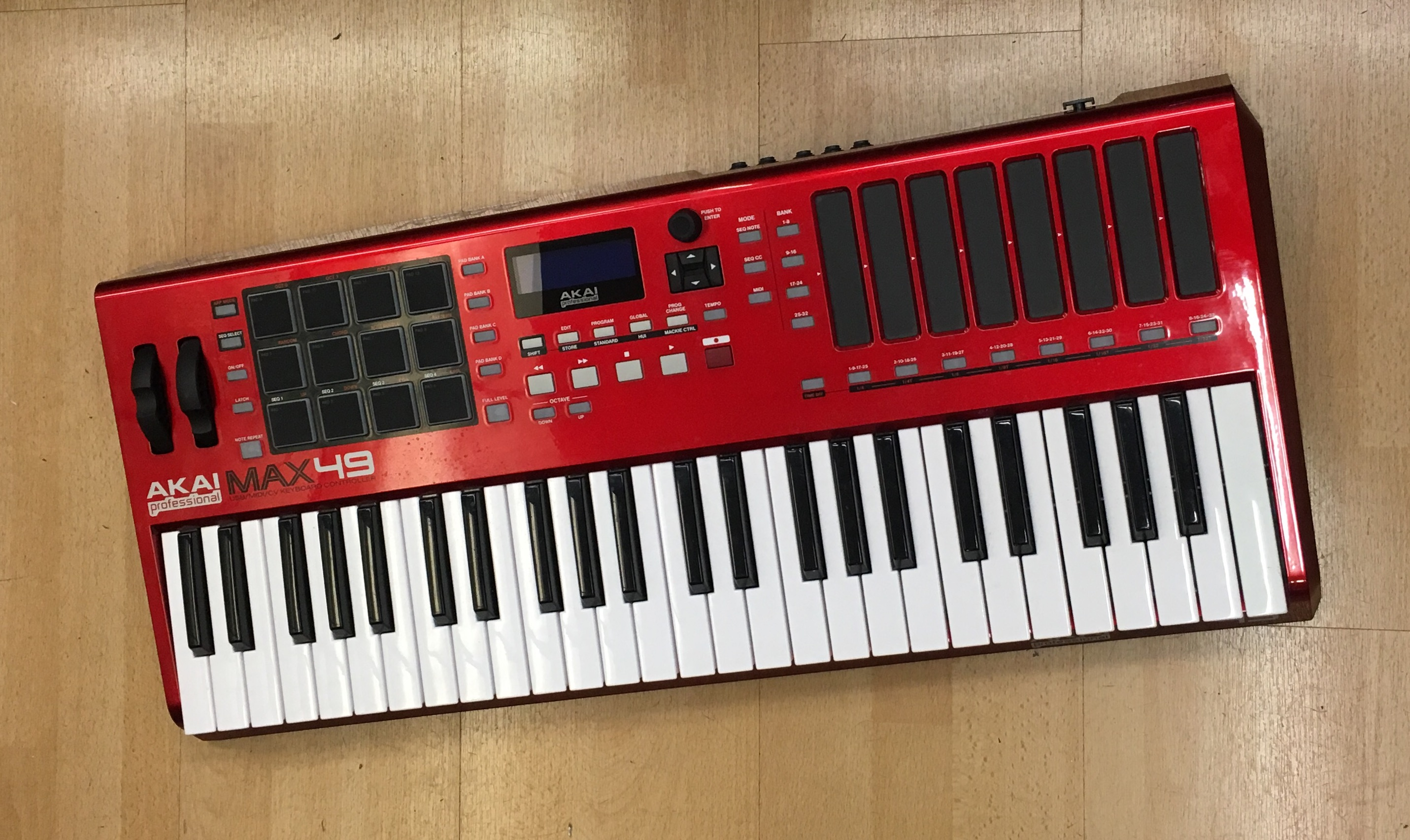 Picture of Akai Max 49