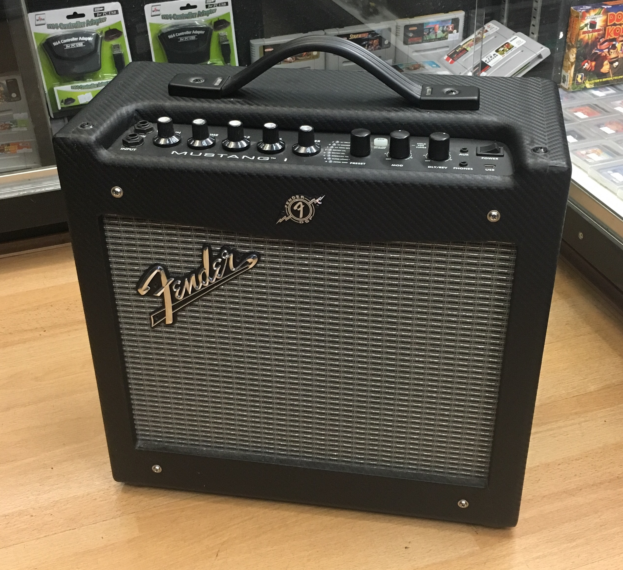 Picture of Fender Mustang 1