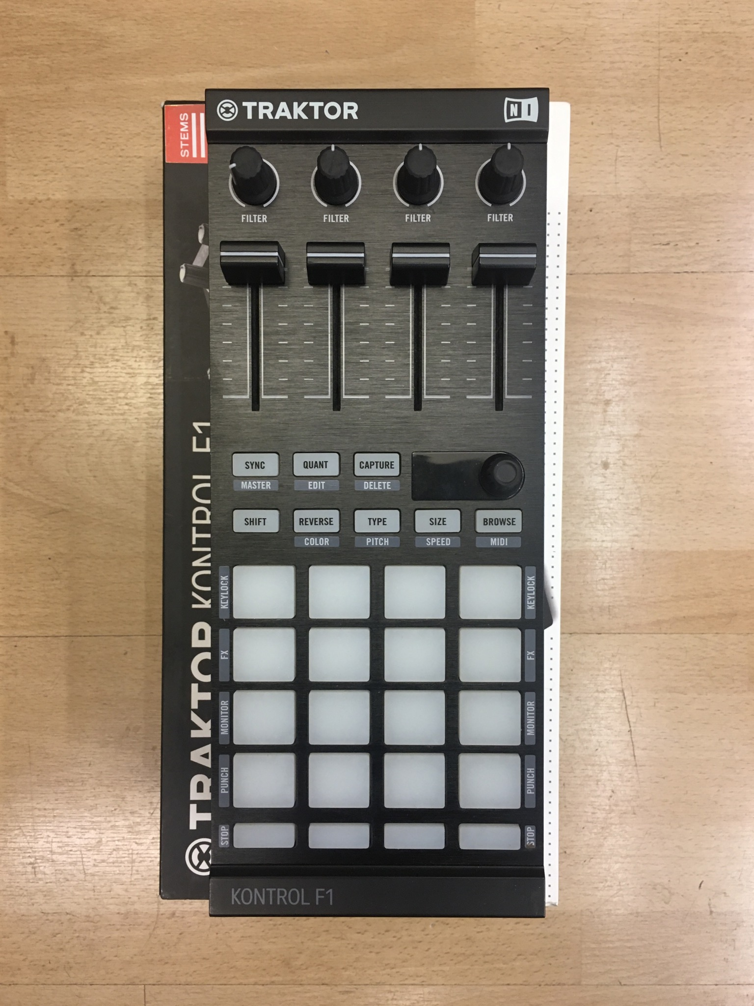 Picture of Native Instruments Kontrol F1