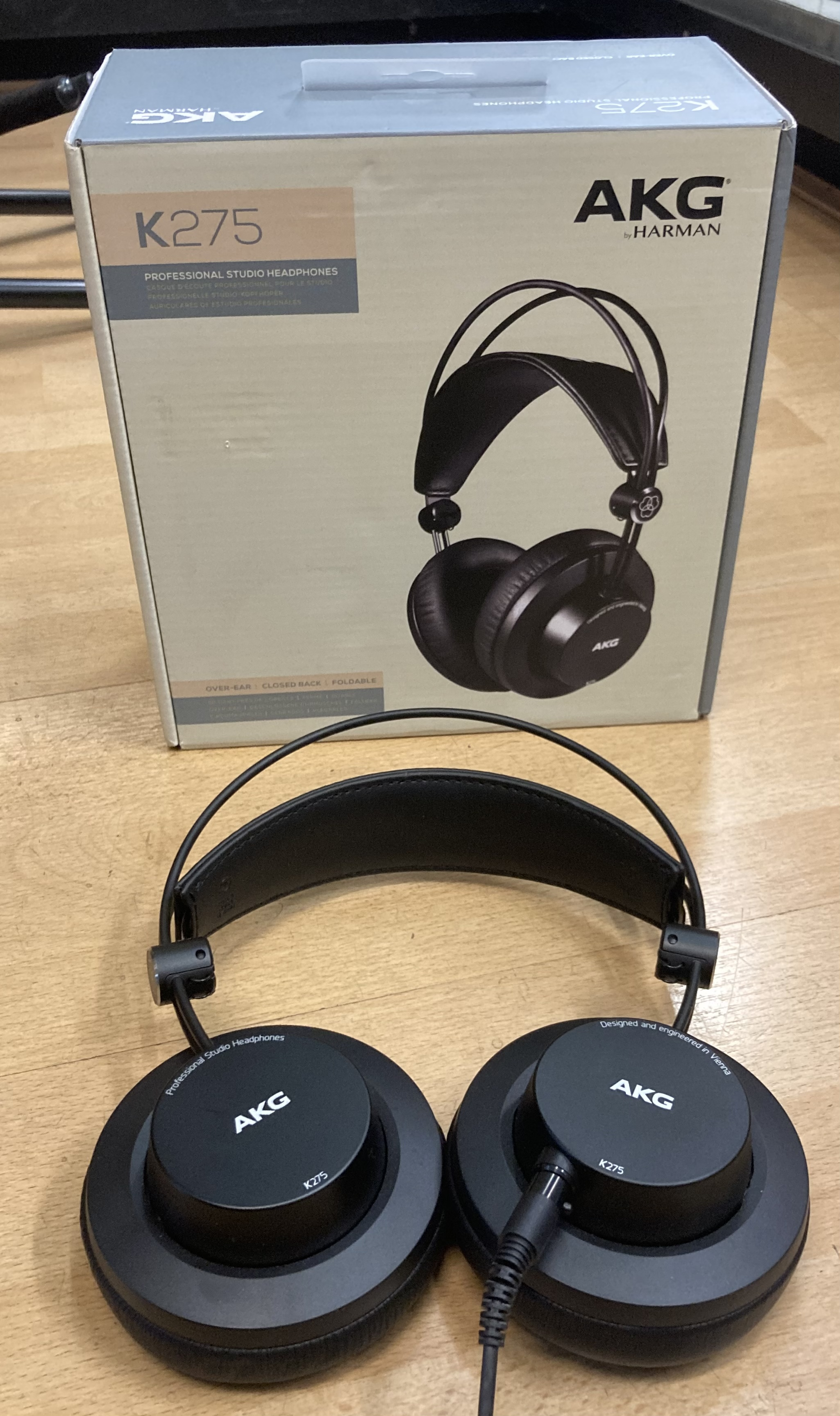 Picture of AKG K275