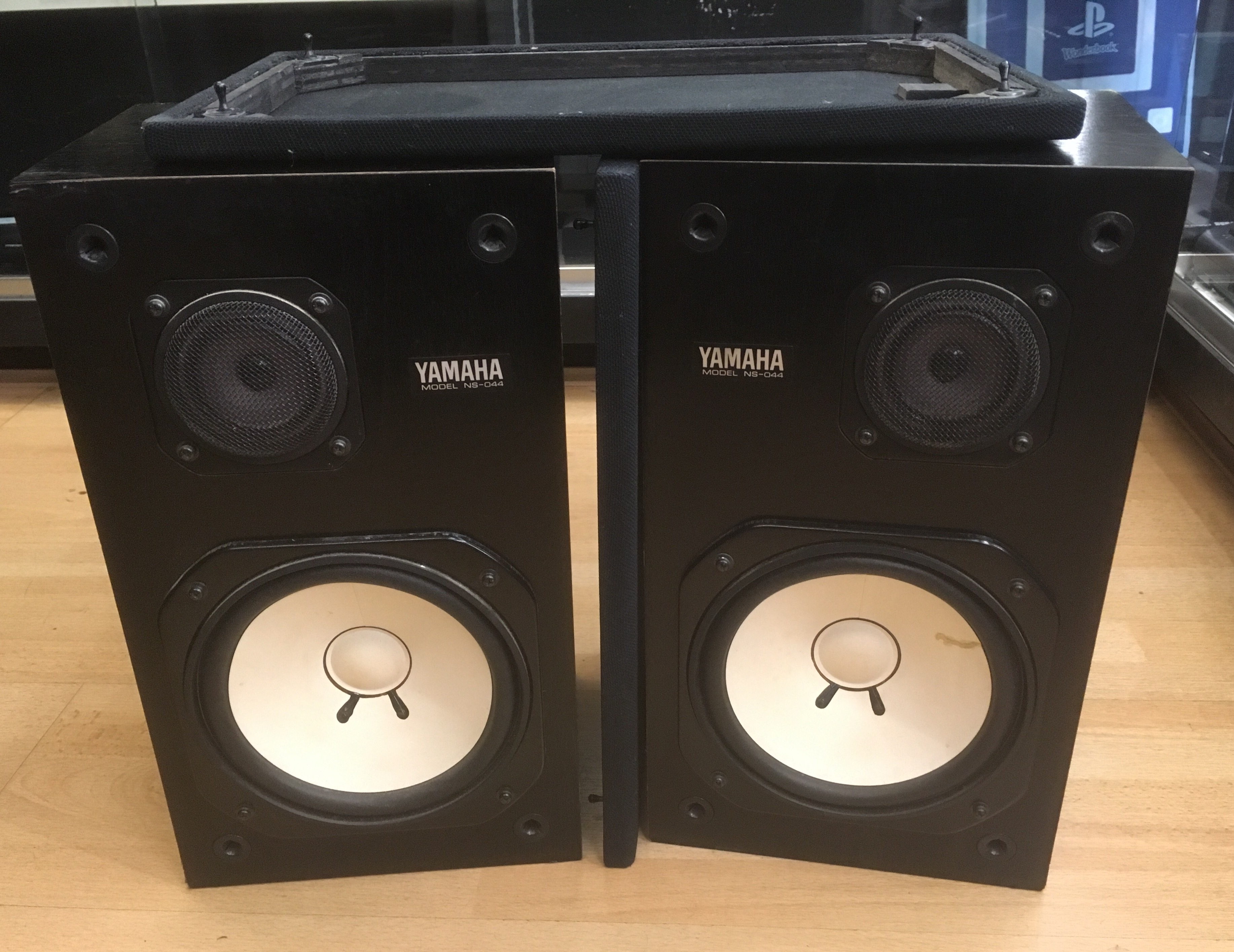 Picture of Yamaha NS-044